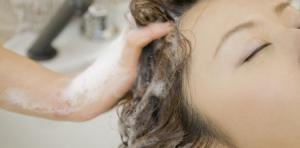Quel shampooing choisir?Hydratant, protéiné ou clarifiant?