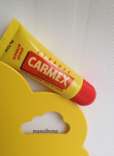 Carmex baume hydratant lèvres sèches gerçées craquelées 1