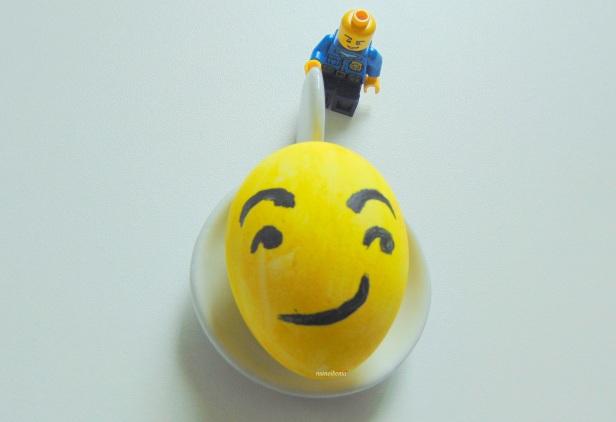 manoibema loisir creatif enfant oeuf de pâques smiley emoticone emoji
