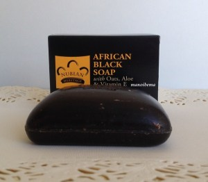 savon-noir- africain-africanblacksoap-soin-visage-concours-lots-manoibema