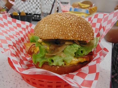 burger-marshalls-diner